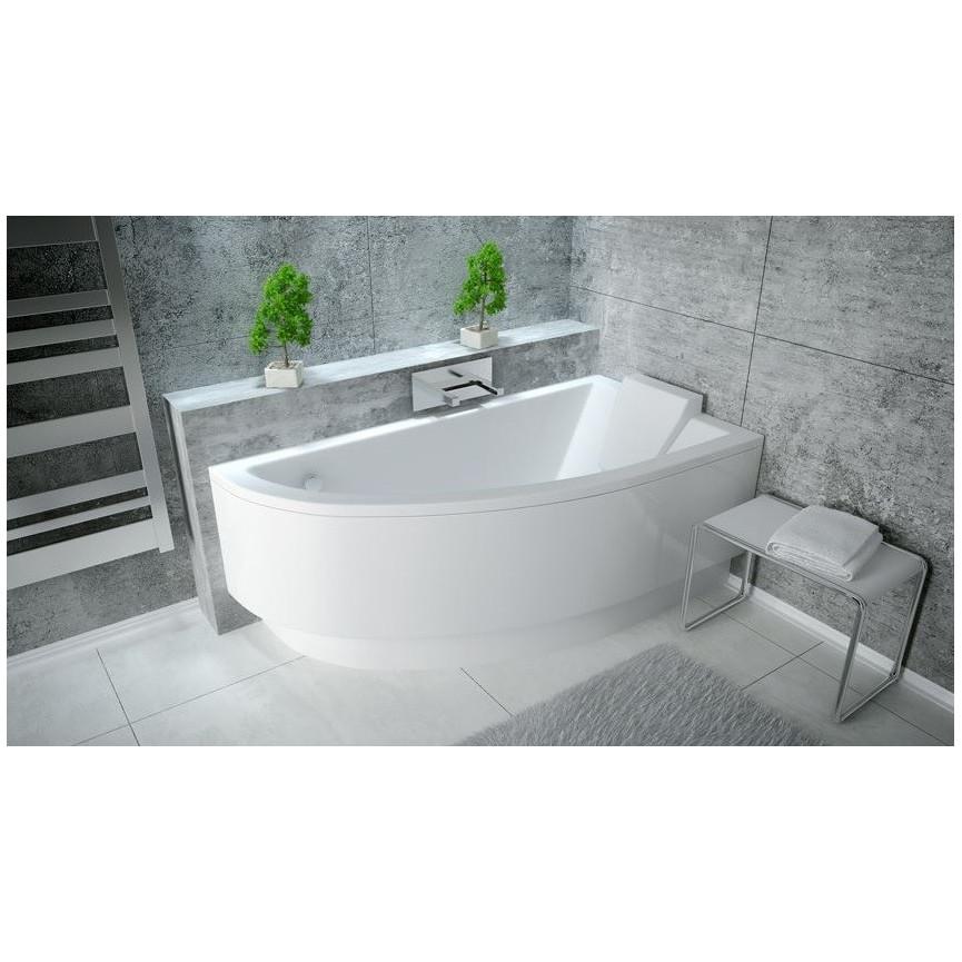 baignoire d angle avec marche conception de la maison nouvelle pour votre inspiration. Black Bedroom Furniture Sets. Home Design Ideas