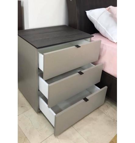 Table de chevet PIALATA gris